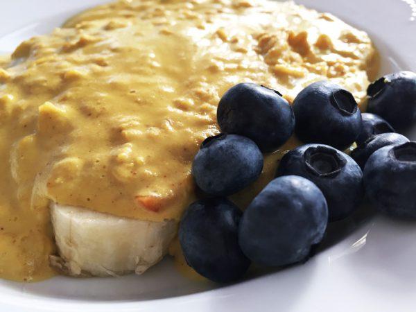 Banana Blueberry Peanut Butter Muesli
